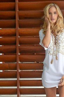 Пляжное белое платье