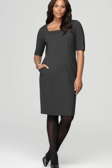 Модное темно-серое офисное платье для полных женщин