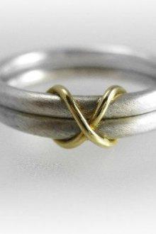 Значение кольца в виде бесконечности
