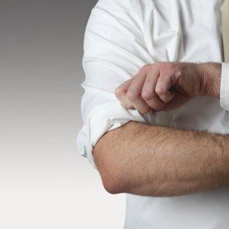 Особенности заката рукавов на рубашке