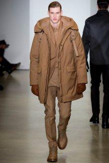 Модная коричневая зимняя мужская куртка