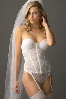 Особенности белья для невесты