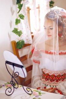 Основные преимущества свадебного платья в русском стиле