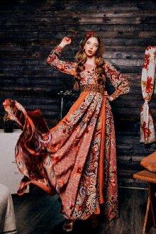 Современные платья в стиле «а ля рюс»