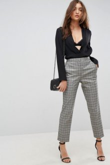 Особенности серых женских брюк