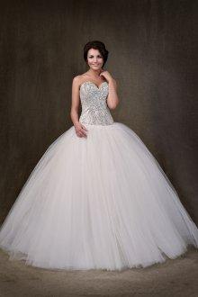 Свадебное платье с блестящим корсетом