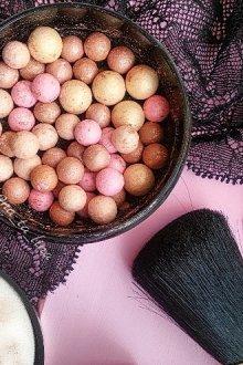 Румяна-шарики