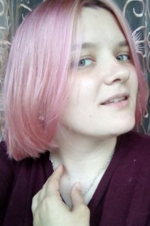 Особенности розового тоника для волос