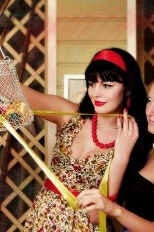 Советы стилистов: как выбрать образ для ретровечеринки