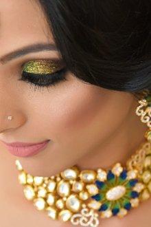 Особенности макияжа в индийском стилеОсобенности макияжа в индийском стиле
