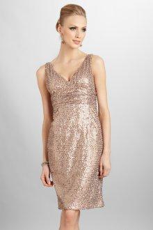 Красивое золотое платье с пайетками
