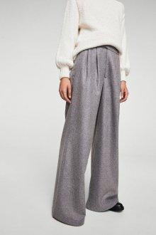 Особенности модных брюк-палаццо