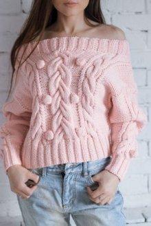 Особенность вязаных свитеров с открытыми плечами