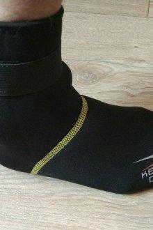 Как надевают неопреновые носки