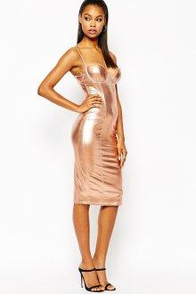 Стильное блестящее платье