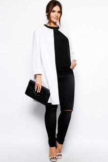 Модный белый пиджак для полных женщин
