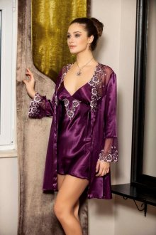 Особенности и преимущества женского халата
