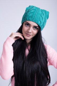 Зеленая модная женская шапка с ушками