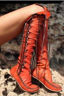 Расцветки сапог со шнурками