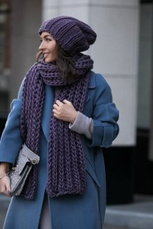 С какой шапкой носить пальто-халат