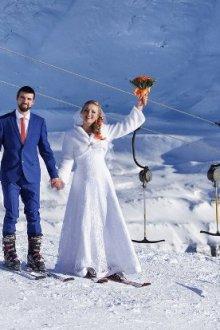Свадебная фотосессия на лыжах