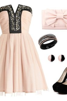 Комплекты одежды для девушек