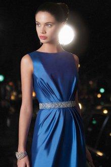 Синее шелковое платье в гангстерском стиле