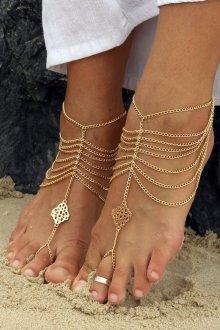 Изящные украшения на ногу