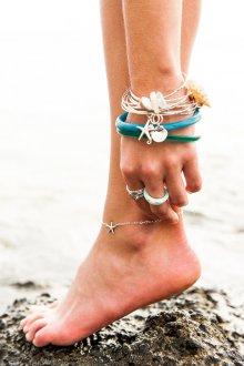 Браслеты со звездочкой на ногу