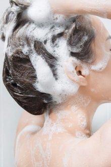 Как правильно применять шампунь