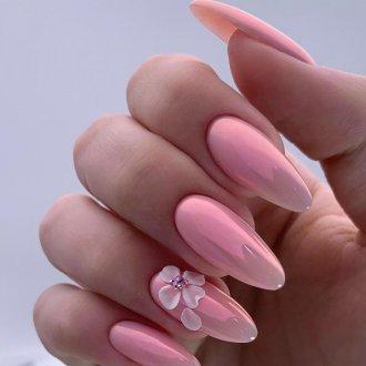 Объемный розовый маникюр