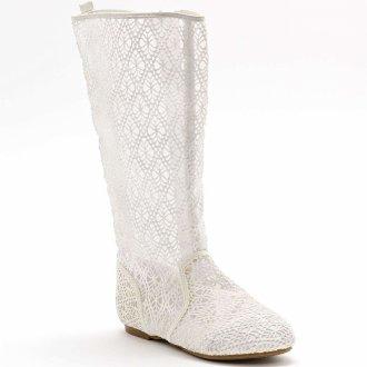Белые вязанные ажурные сапожки