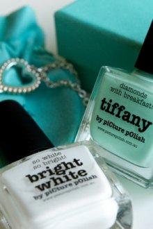 Лаки для ногтей цвета Тиффани