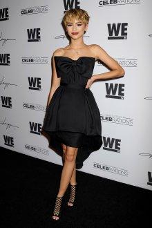 Черное оригинальное платье в стиле нью лук