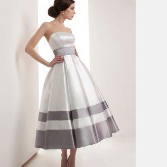 Элегантное свадебное платье с полосатой юбкой в стиле нью лук