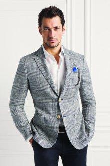 Мужской образ с черными брюками и клетчатым пиджаком в стиле smart casual