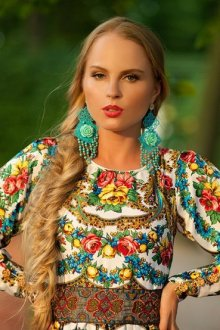 Аксессуары под одежду в русском народном стиле