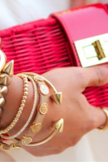 Женские браслеты на руку