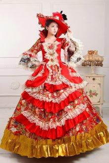 Яркое платье в стиле рококо
