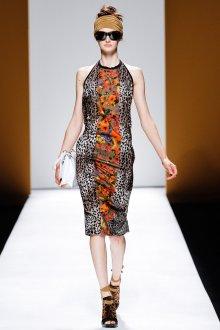 Необычное платье с леопардовым принтом