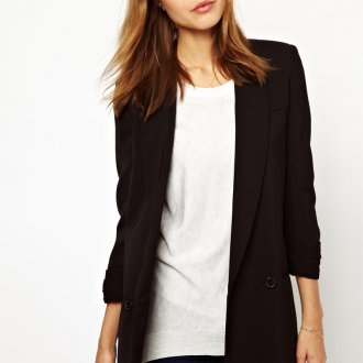 Черный пиджак для женщин после 40 лет