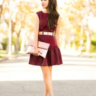 Платья бордового цвета