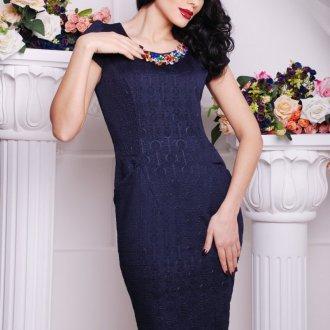 Синее платье для женщин после 40 лет