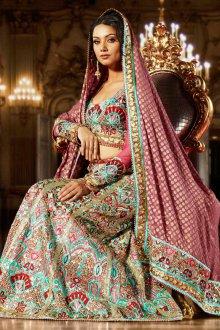 Женское свадебное сари