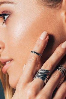 Плетеные кольца на фаланги пальцев